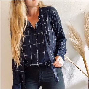 BANANA REPUBLIC BLUE PLAID CHECKERED BLOUSE